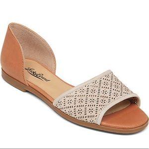 NWT Lucky Brand Cantara D'Orsay Flats Shoes 9.5
